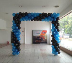 Balloon arch square